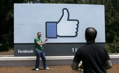 Facebook se rapproche du milliard et demi d'utilisateurs - Le Monde | Facebook Pages | Scoop.it