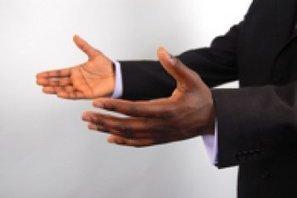Les gestes qui vous trahissent   Communiquer en entreprise !!!   Scoop.it