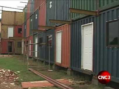 A look inside the container houses.flv - SNOWFactory.com | Container houses | Scoop.it