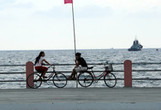 China Defies US and Japan as Asserts Rights on Sea Spats - Bloomberg | Current Politics | Scoop.it