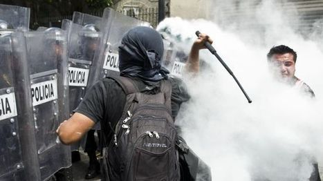 1000s Mexico teachers protest in capital | North & South America, & Asia | Scoop.it
