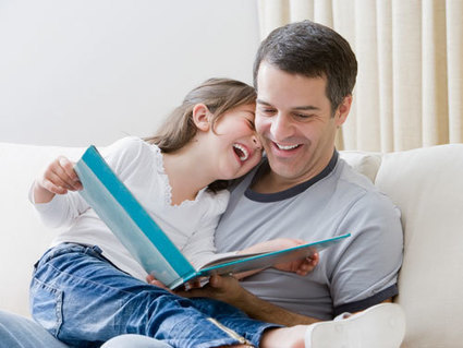 Un estudio destaca que es muy beneficioso para el desarrollo futuro de sus hijos que los padres (hombres) lean a sus hijos | Universo Abierto | El rincón de mferna | Scoop.it