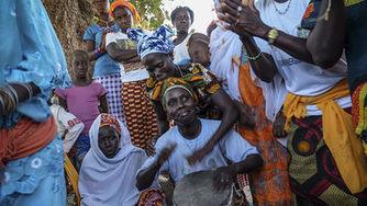 Un grupo de mujeres hace historia en Guinea Bissau al convertirse en propietarias de la tierra | Educación: Formal,  informal, no formal, medioambiental.. | Scoop.it