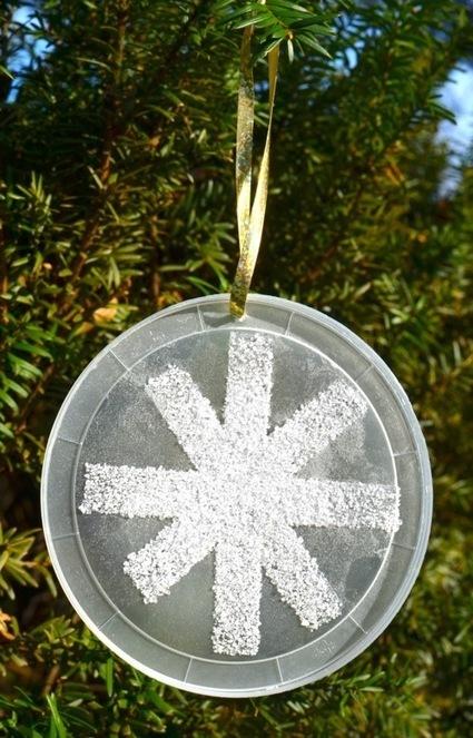Quick Craft — Salty Snowflake Ornaments | Frugal Family Fun Blog | Trabalhos Manuais no Jardim de Infância | Scoop.it