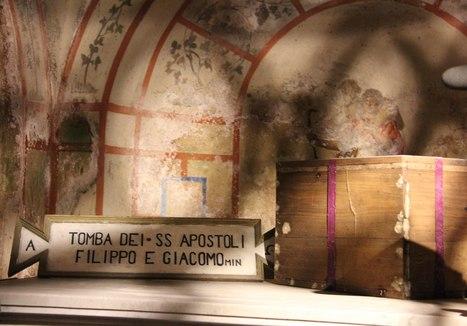 Inizia oggi l'Ostensione delle reliquie dei SS.Apostoli Filippo e Giacomo. | Notizie Francescane conventuali | Scoop.it