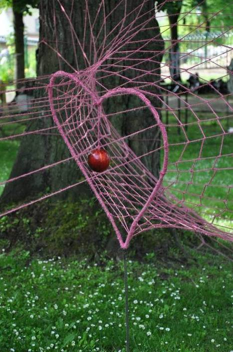 "Wela: ""Trapped Love"" 