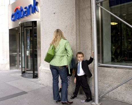 What Does the Proliferation of Bank Branches Mean for Manhattan? | Cities of the World | Scoop.it