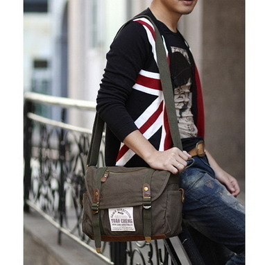 rustic classic school messenger bags in canvas and suede from Vintage rugged canvas bags | Best mens style outlet | Scoop.it