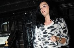 KATY PERRY REUNITS WITH WITH RIHANNA | CELEBRITY WORLD eDIGEST | Scoop.it