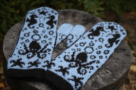 FO Friday – Captain Nemo's View Mittens | Spinning, Weaving and Knitting | Scoop.it