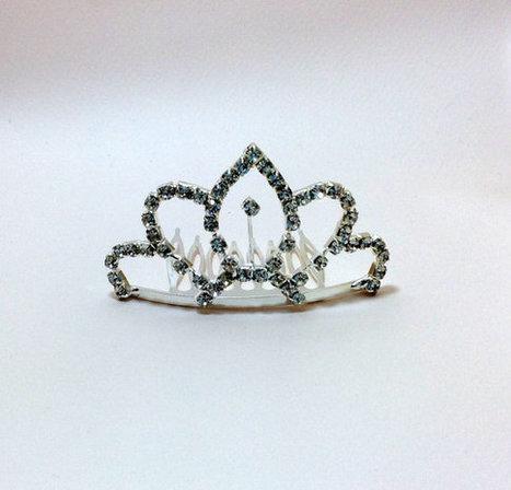 wedding hair comb,bridal hair accessories, bridal hair comb rinestone, crystal comb | wedding | Scoop.it