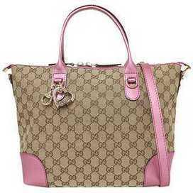 GUCCI グッチ : バッグ、財布、腕時計、アクセサリー、送料無料-正規品取扱中! | クロエ,フェンディ,プラダ,ミュウミュウ,新作バッグ | Scoop.it