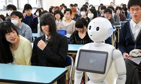 Pepper the 'emotional' humanoid becomes first robot to attend SCHOOL | Global Brain | Scoop.it
