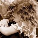 Gli abbracci: ecco perchè fanno bene   RelazioniAMO   Scoop.it