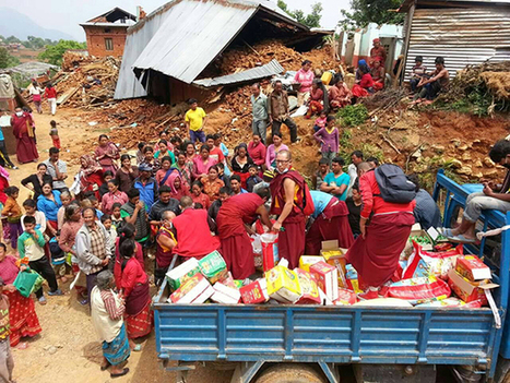 Tibetan Monks and Nuns at Forefront of Relief Efforts in Nepal   Central Tibetan Administration   L'immolation : un geste politique au Tibet   Scoop.it