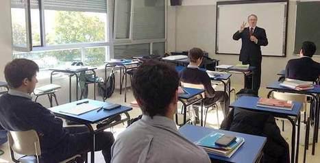 CLASE DE DERECHO INTERNACIONAL SOBRE LOS CRÍMENES CONTRA LA HUMANIDAD   Anuario 13-14   Scoop.it