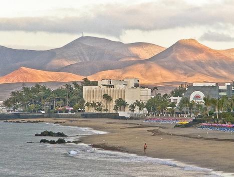 Best beaches on Lanzarote | My Travel Blog | PREVENCIÓN DE RIESGOS LABORALES Y MEDIO AMBIENTE DE LANZAROTE | Scoop.it
