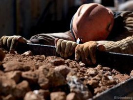 SA gold production plunges, total mining output down 0.7%   Mining   Scoop.it