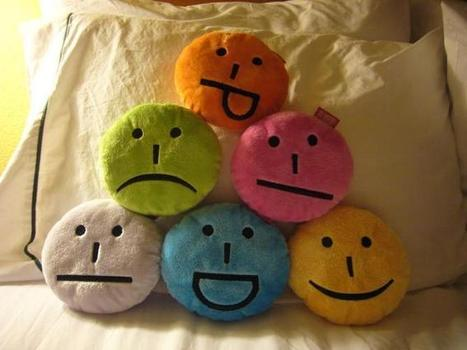Smiley like you mean it: how emoticons get in your head | teaching with technology | Scoop.it