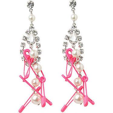 Pearl, crystal and safety pin drop earrings - TOM BINNS - Earrings - Jewellery - Shop Accessories - Womenswear | selfridges.com | Nadinement vôtre | Scoop.it