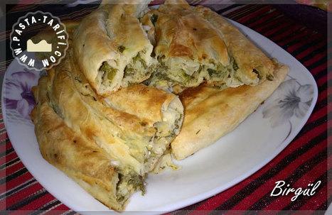 Bol Yeşillikli Sodalı Peynirli Börek | Poğaça Tarifleri - Börek Tarifleri | Scoop.it