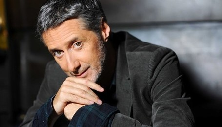 "Antoine de Caunes a le talent, la fatigue est son seul ennemi | Revue de presse ""Autrement"" 
