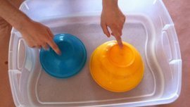 Songs for Kids and Preschool: Sensory Play Activities for Infants at Tiny Tapping Toes | Are you looking for songs for kids? We offer excellent songs for preschool. | Scoop.it