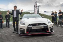 2017 Nissan GT-R : First Drive | Automotive Car Reviews | Scoop.it