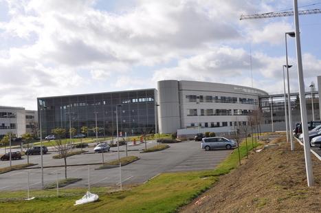 Groupe hospitalier Nord-Vienne: le site de #Châtellerault teste une borne DMP   Chatellerault, secouez-moi, secouez-moi!   Scoop.it