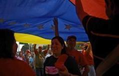 Venezuela : nouvelle démonstration de force des partisans de Chavez | Venezuela | Scoop.it