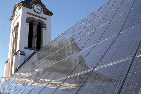 """Qualit'EnR annonce les lauréats de la 4e édition de son concours """"Installations énergies renouvelables : qualité et esthétique"""" - Energie - Le Moniteur.fr   Mise en valeur de l'offre sur les panneaux solaires   Scoop.it"""