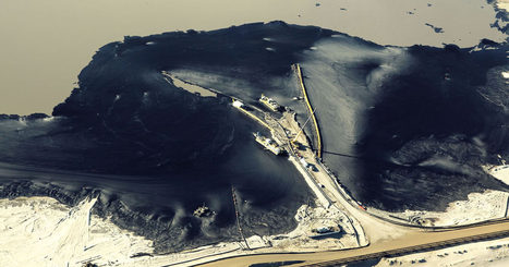 Disturbing Aerials Reveal #Canada's Vast Tar Sand Mines #pollution by the #fossil fuel industry | Messenger for mother Earth | Scoop.it