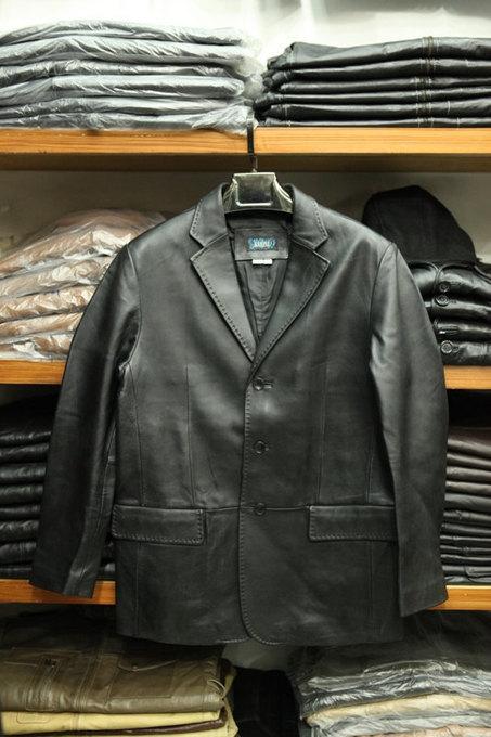 Handmade classic leather coat | Shopping | Scoop.it