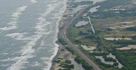 El mar ya está a 8 metros de la vía Barranquilla-Santa Marta  -Twitter / fabiancr105:   Caribe Colombiano   Scoop.it