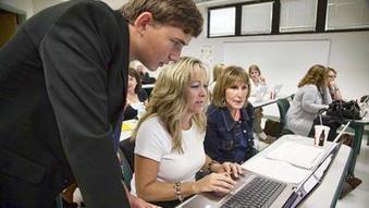 Students teach teachers tech skills | Educ8 Tech | Scoop.it