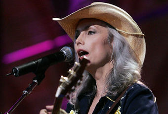 Old Yellow Moon par Emmylou Harris : un groove irrésistible - l'Express | Bruce Springsteen | Scoop.it