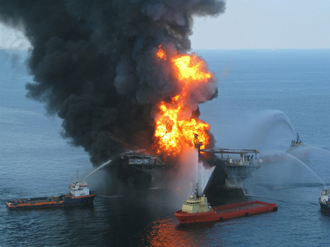 Scientists Say An Area The Size Of Rhode Island Is Coated With Oil From The BP Well Explosion | VICE News | sustainability and resilience | Scoop.it