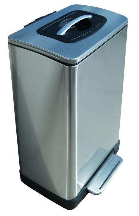 Step can steps up with trash compactor - CNET (blog)   Waste Management   Scoop.it