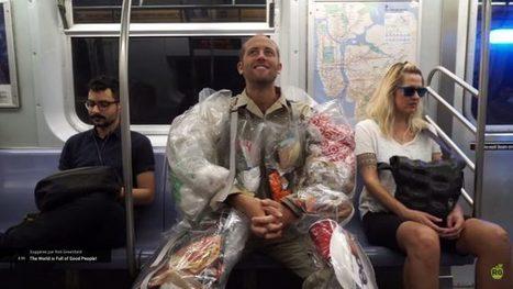 Pour éveiller les consciences, un HOMME_ORDURE se ballade dans les rues de New-York | URBANmedias | Scoop.it