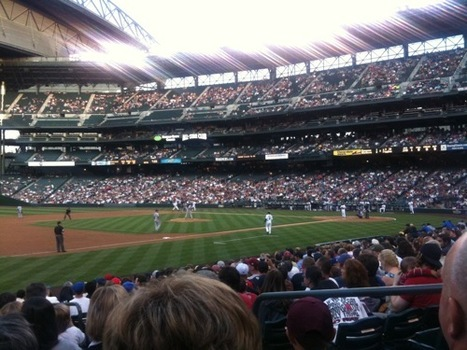 Twitter at the ballpark--curation and geolocation could be key for teams : Past The Press Box | Brand & Content Curation | Scoop.it