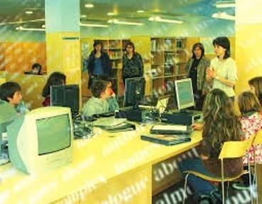 Colaboración biblioteca escolar – biblioteca pública: la necesidad de los centros educativos de vincularse a la actividad cultural de su entorno | Bibliotequesescolars | Scoop.it