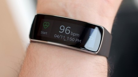 Early impressions: Samsung Gear Fit | Anything Mobile | Scoop.it