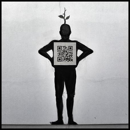 creative use of a #qrcode ... | Socialart | Scoop.it
