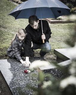 Cómo acompañar a los niños cuando pierden a uno de sus padres | Escucha | Scoop.it