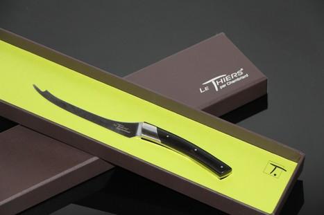 Un couteau pour aplater la Fourme d'Ambert | thevoiceofcheese | Scoop.it