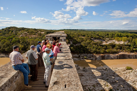 Traverser le Pont du Gard - BALADES HISTORIQUES | tourisme historique | Scoop.it