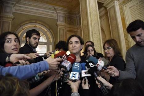 Félix de Azúa asegura que Colau debería estar 'sirviendo en un puesto de pescado' - Diario Barcelona | Notas56 | Scoop.it