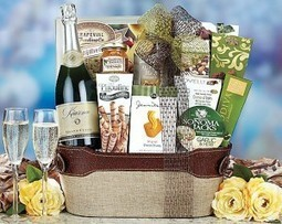 Ring In 2013 With Gift Baskets of Wine and Champagne | Christmas Gifts For Every Occasion | Scoop.it