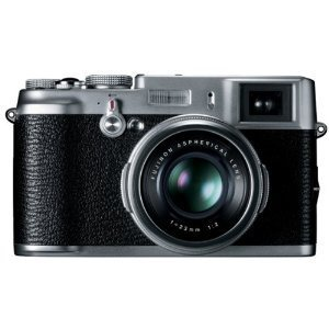 10 Reasons Why Equating A Fuji X100 With A Leica M9 Is Just Plain Silly « Photofocus | Everything Photographic | Scoop.it
