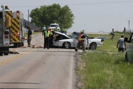 Two teens hospitalized after brutal white Camaro Z28 crash - CamaroCarPlace | Automobiles news and articles | Scoop.it